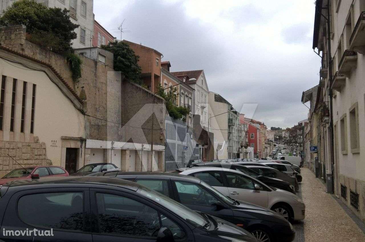 Prédio para comprar, Coimbra (Sé Nova, Santa Cruz, Almedina e São Bartolomeu), Coimbra - Foto 9