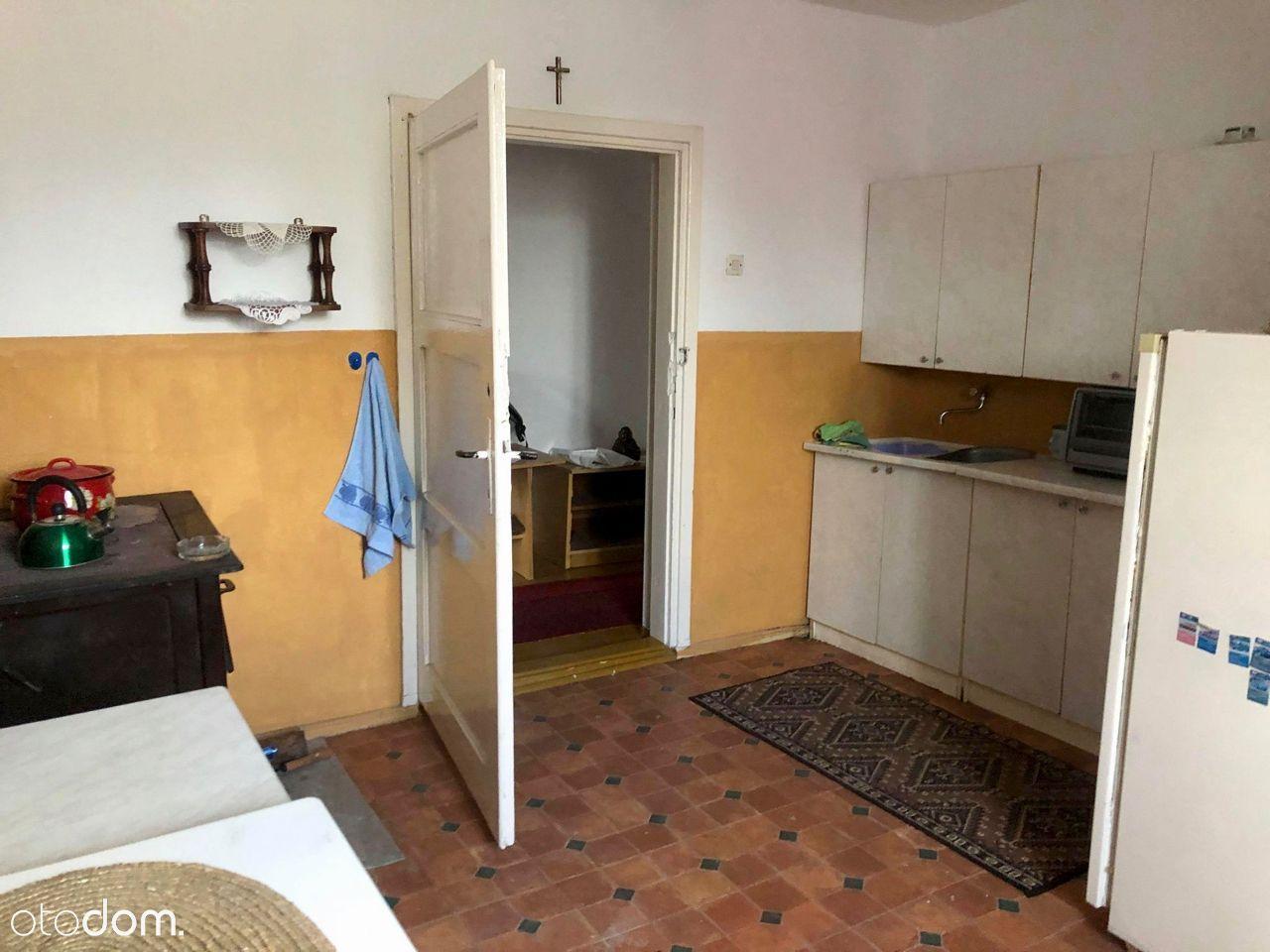 Mieszkanie w spokojnej okolicy niedaleko Szczytna