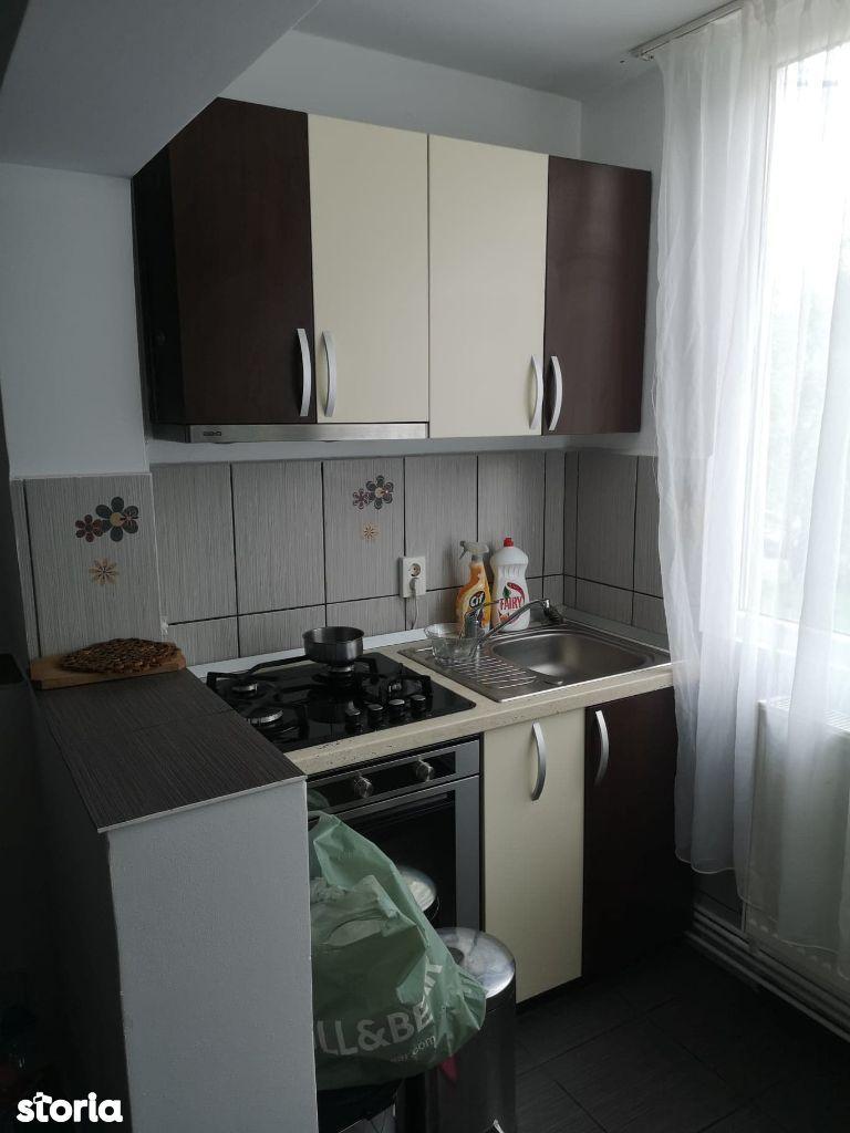 Apartament 3 camere - 68 mp, parter - cartier Bradet