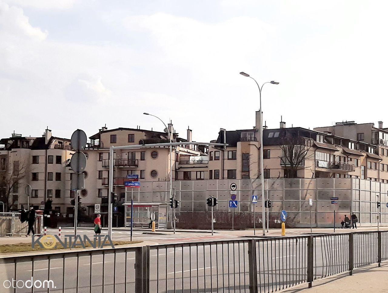 Dwupoziomowe mieszkanie na Włochach