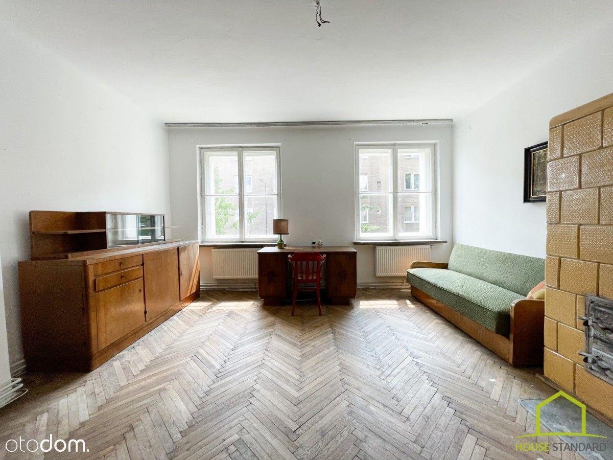 Przestronne trzypokojowe mieszkanie na sprzedaż