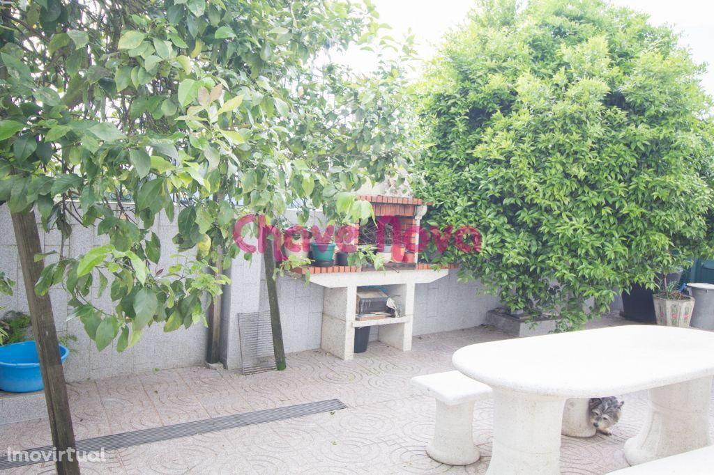 Moradia V4 para venda no Centro de Canelas, Vila Nova de Gaia