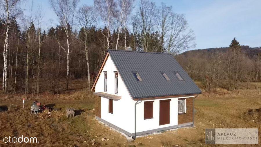 Leszczyniec, dom w Rudawach Janowickich