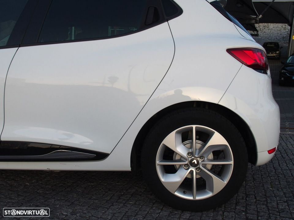 Renault Clio 1.5 Dci LIMITED GPS - 11