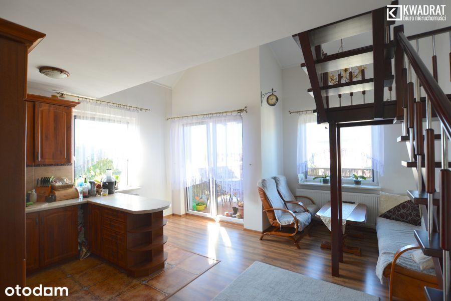 Dwupoziomowe mieszkanie - 85 m2 - 4 pokoje