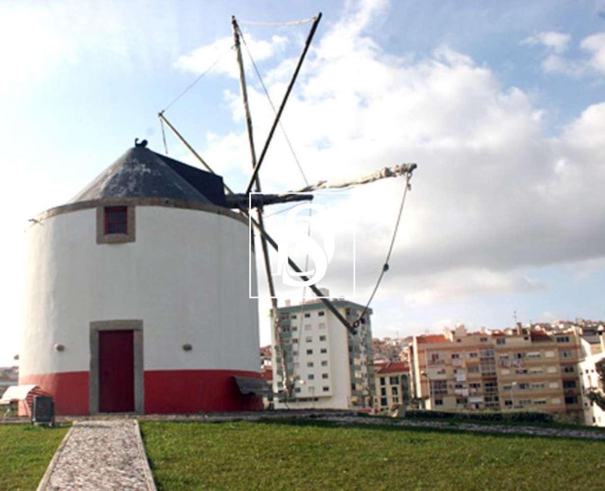 Terreno para comprar, Pontinha e Famões, Lisboa - Foto 4