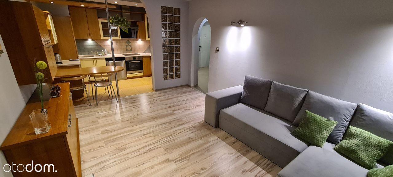 Centrum 3 pokoje, pełne wyposażenie, sauna fińska