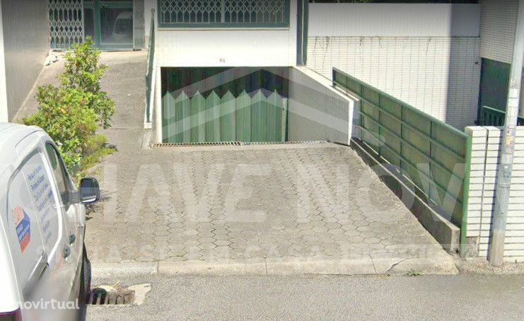 Lugar de garagem em Vilar do Paraíso