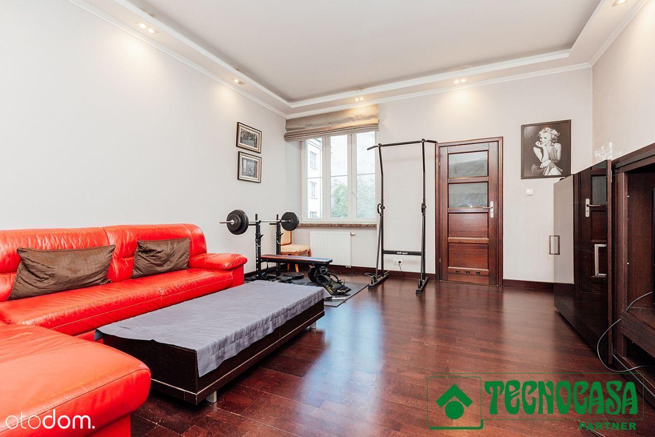 Dwa pokoje w rewitalizowanej kamienicy - Koszykowa