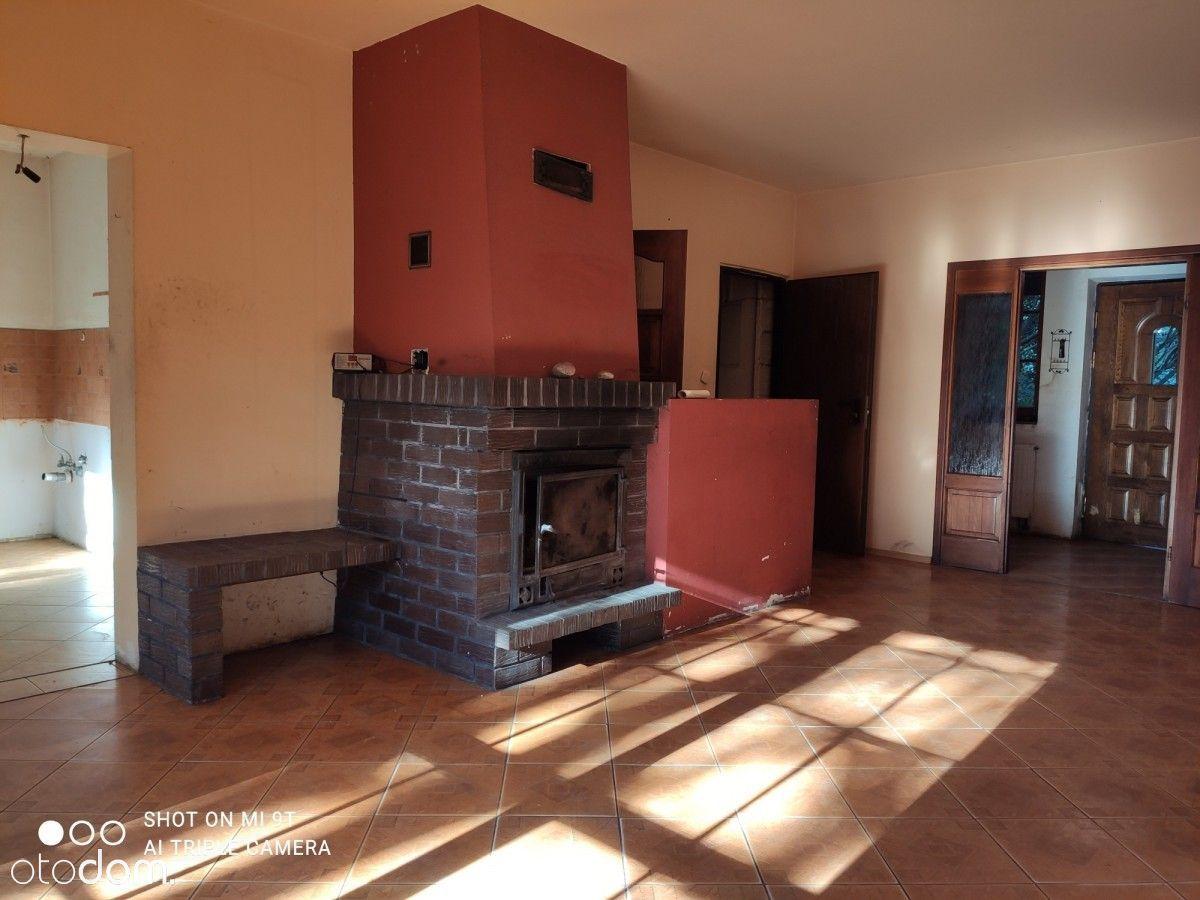 Dom do remontu w atrakcyjnym Chotomowie