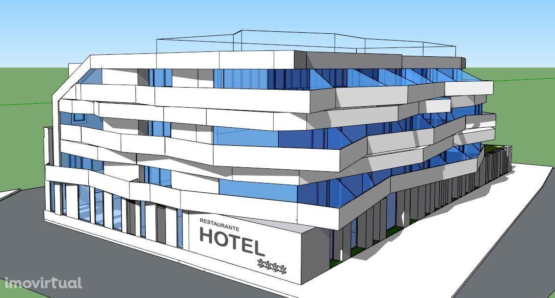 Prédio com projeto hotel de 4 estrelas