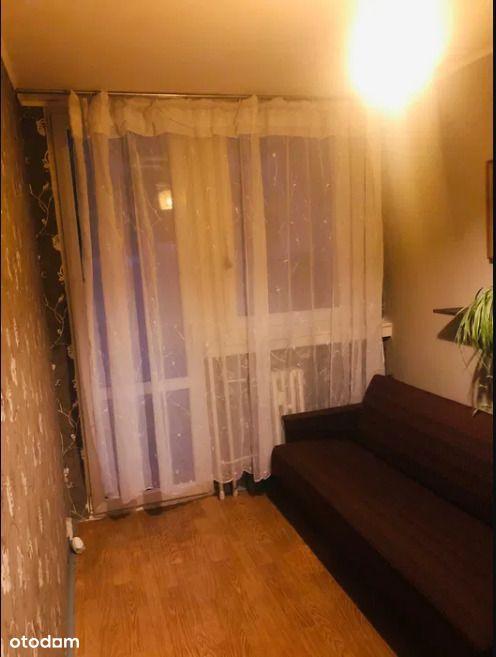 Ok.ul.Jeleniej/2 pokoje/balkon/piwnica/1 piętro!