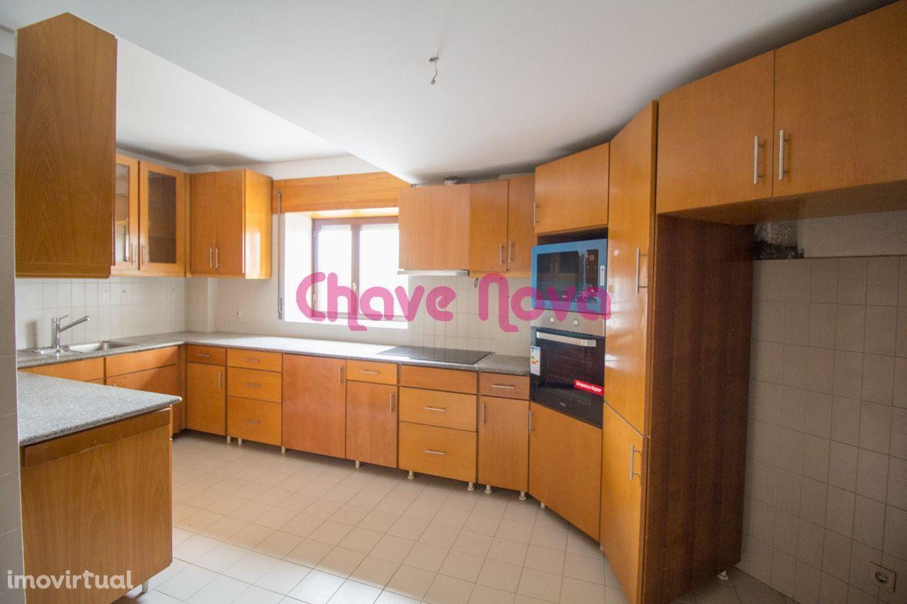 Apartamento T5 - Avenida da Boavista