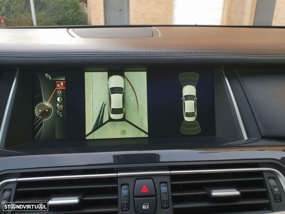 BMW 750 d xdrive PACK M - 7