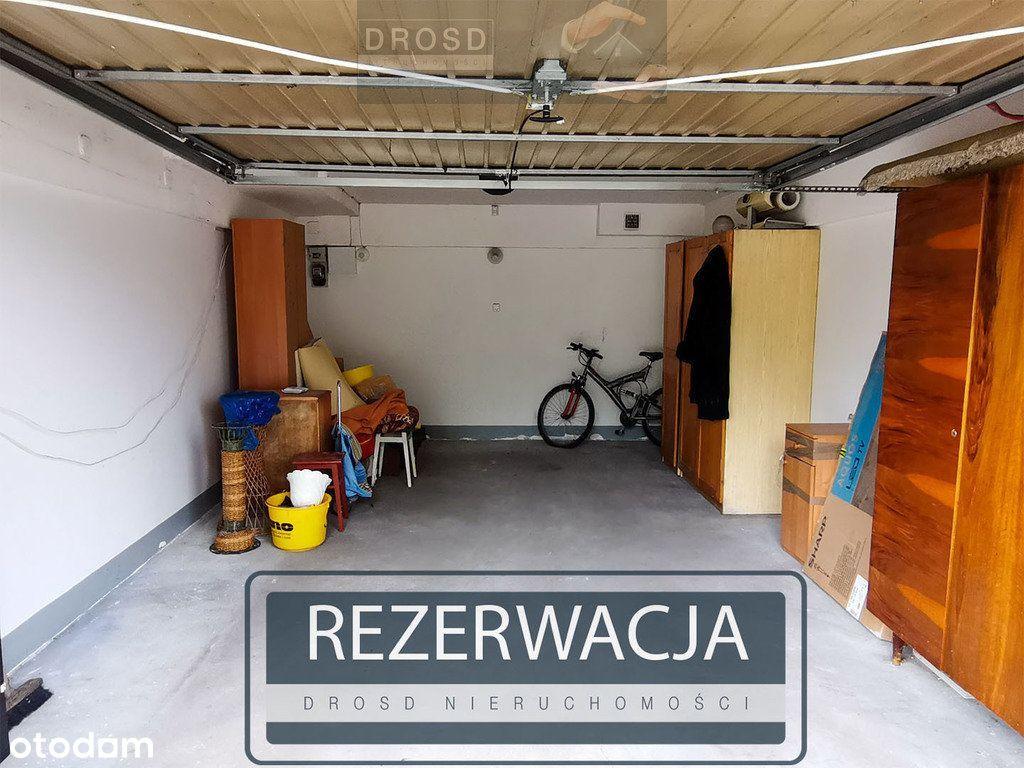 Garaż 23 m2