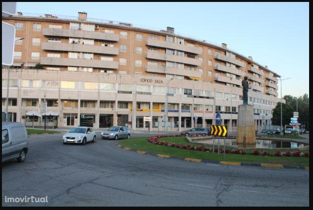 Escritório com 71mt no Edifício SAZA -Famalicão