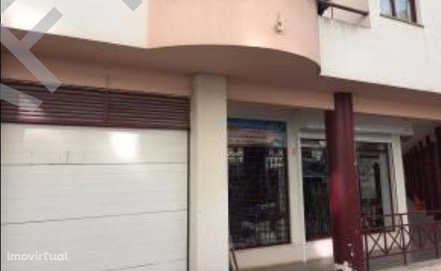 Garagens em Santiago do Cacém, Praça do Mercado - Lugar Q e R