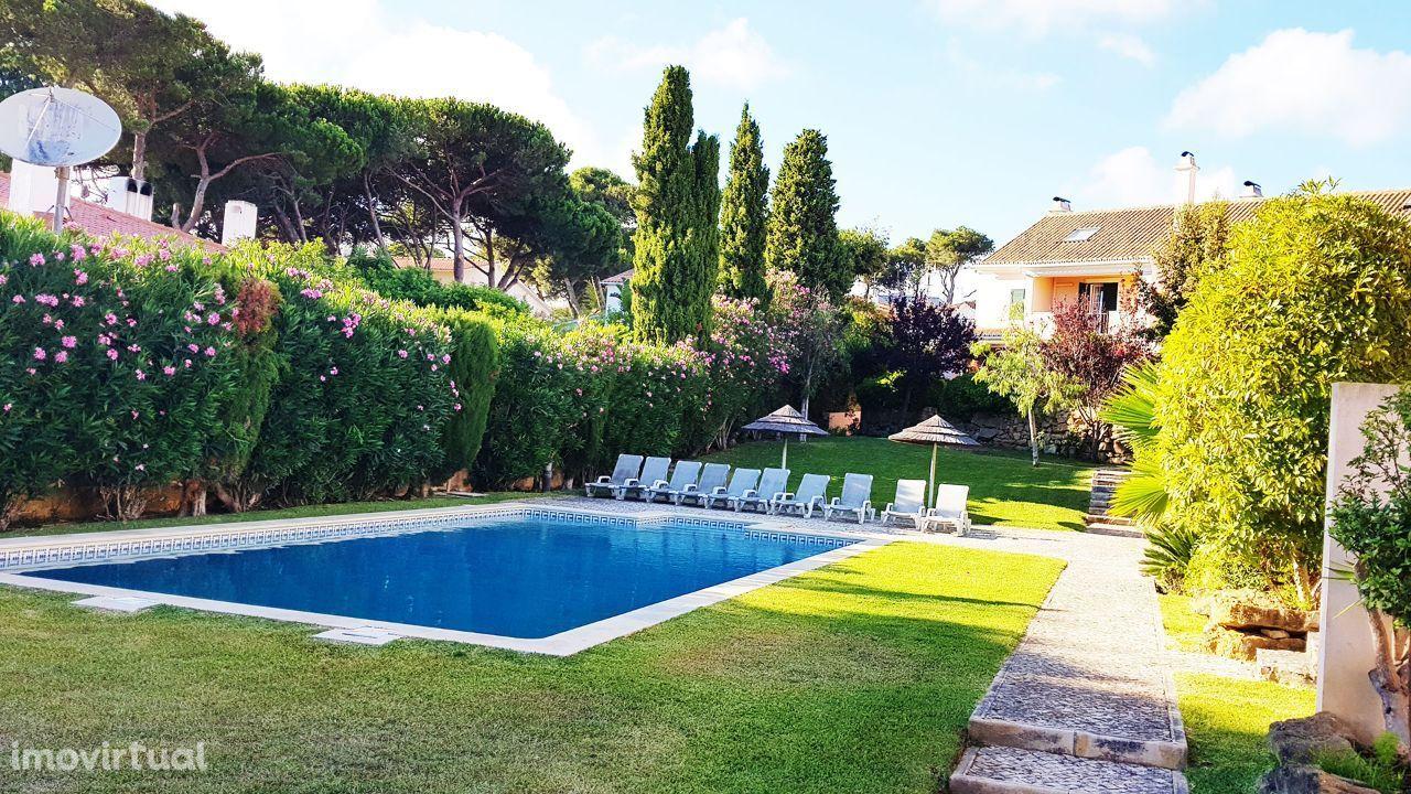 Cascais Birre moradia com 3 quartos em condomínio com jardim e piscina