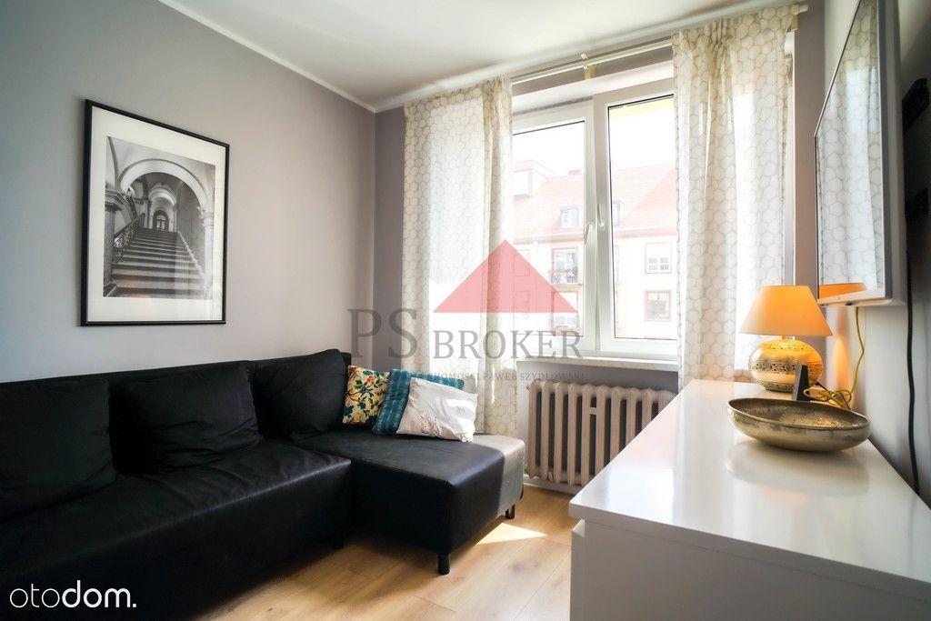 Trzypokojowe mieszkanie - Rynek