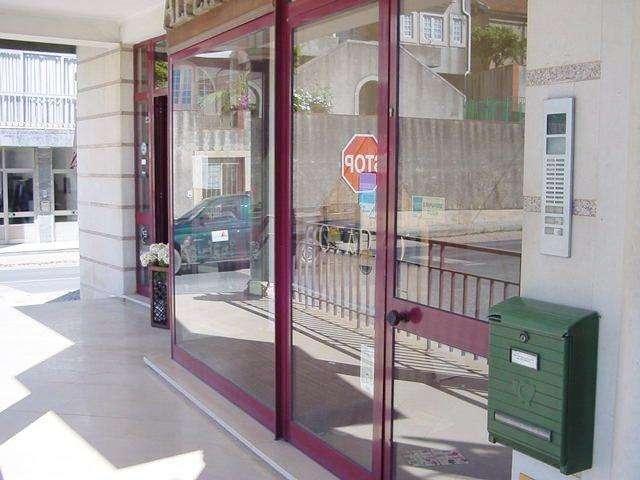 Loja para comprar, Turquel, Leiria - Foto 1