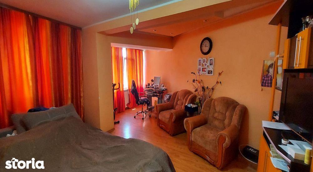 Apartament decomandat Micro 13