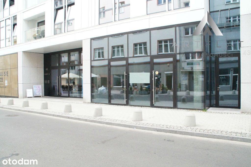 Dwupoziomowy lokal usługowy - Baltiq Plaza