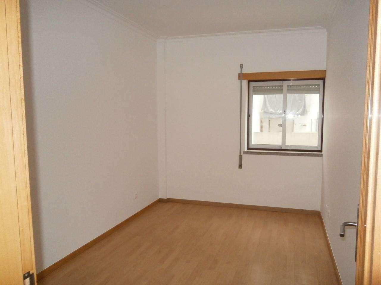 Apartamento para arrendar, Castelo Branco - Foto 6