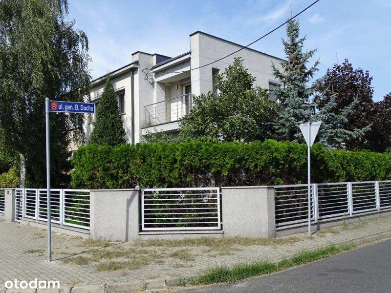 Dom w zabudowie bliźniaczej na sprzedaż
