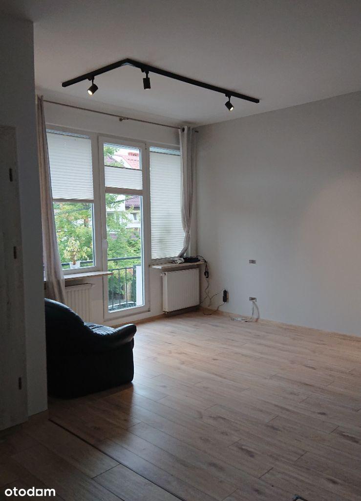 Mieszkanie w domu 70 m2 na biuro