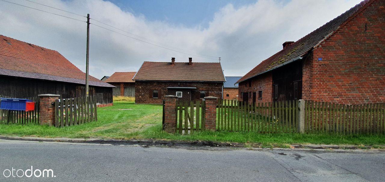 Przestronny dom z zabudowaniami gospodarczymi