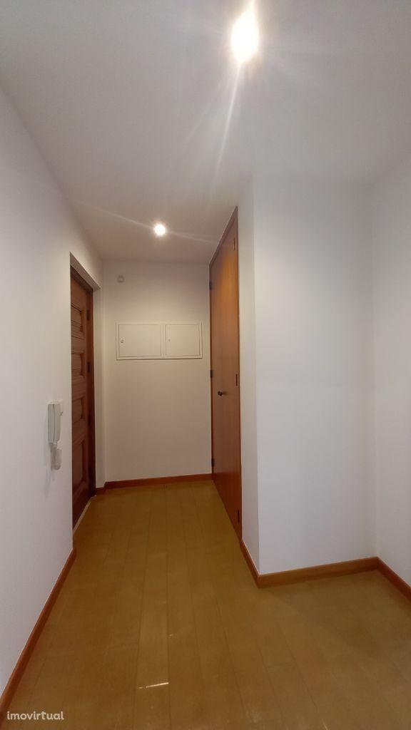 Apartamento T1 no centro de Leiria