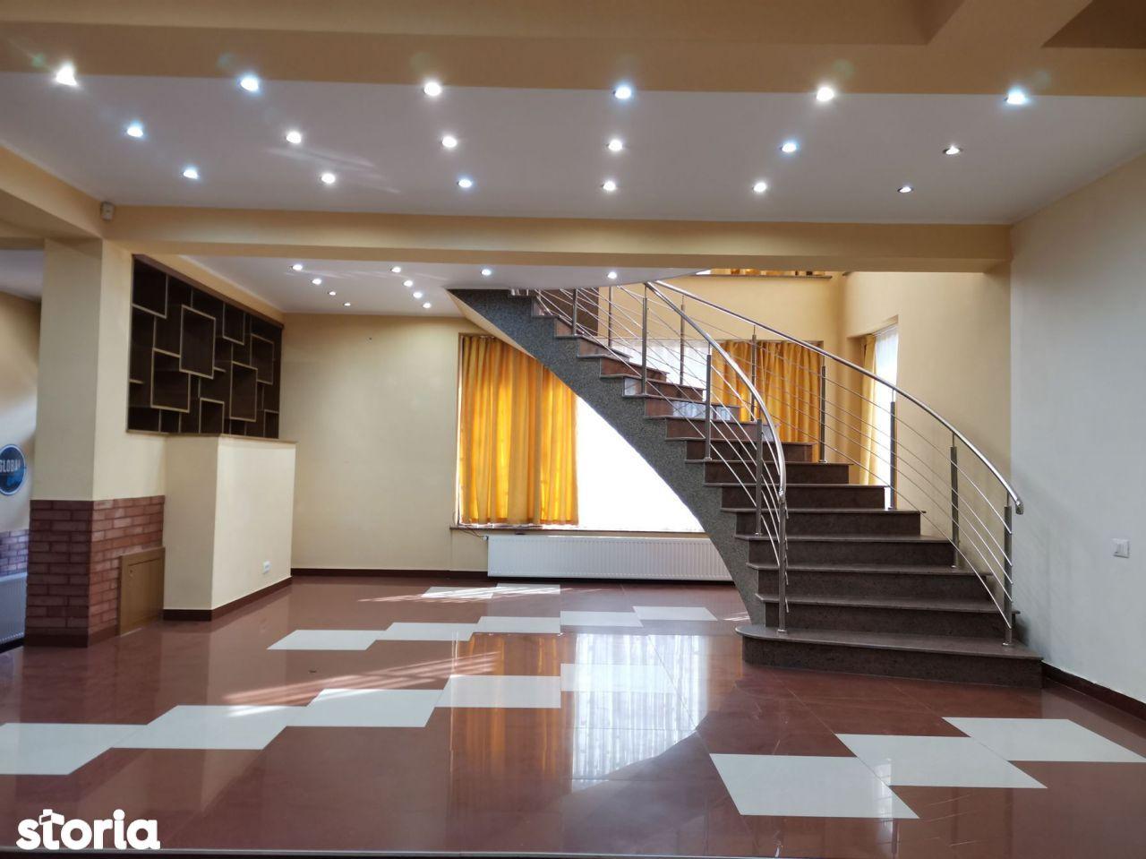 Zona Garlei-Baneasa vila 7 camere plus garaj dublu
