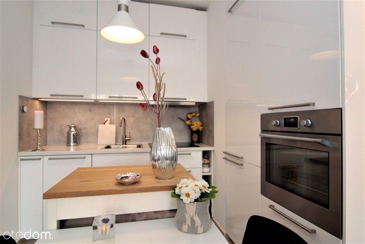 Piękny 3 pokojowy apartament w Śródmieściu 2018 r