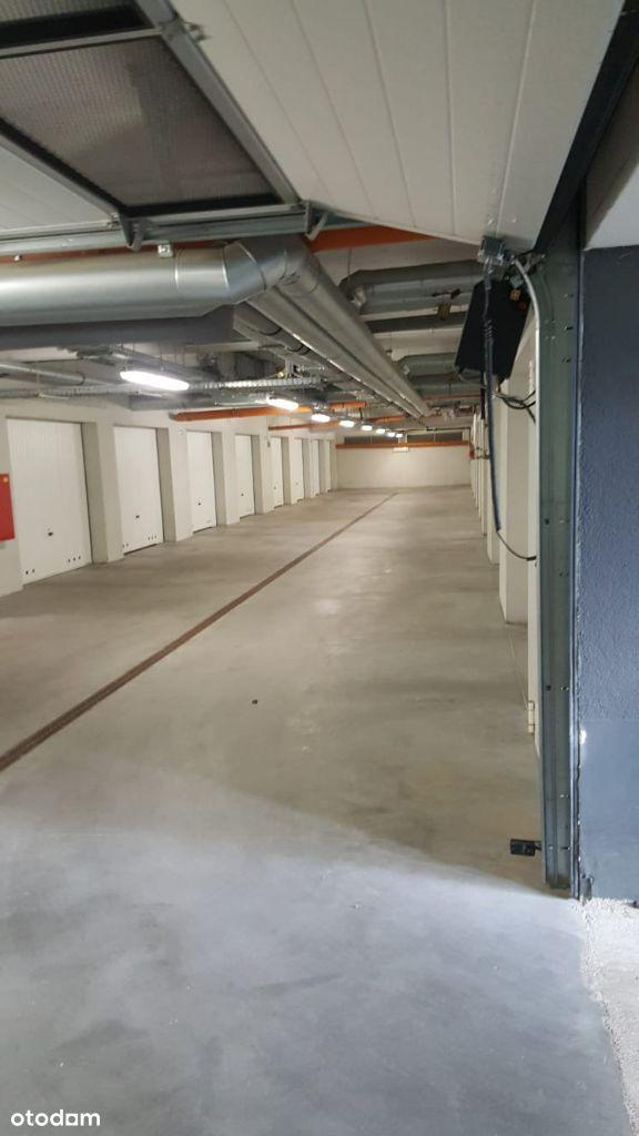 Zamykany garaż podziemny Pol. Marynarzy Szczecin