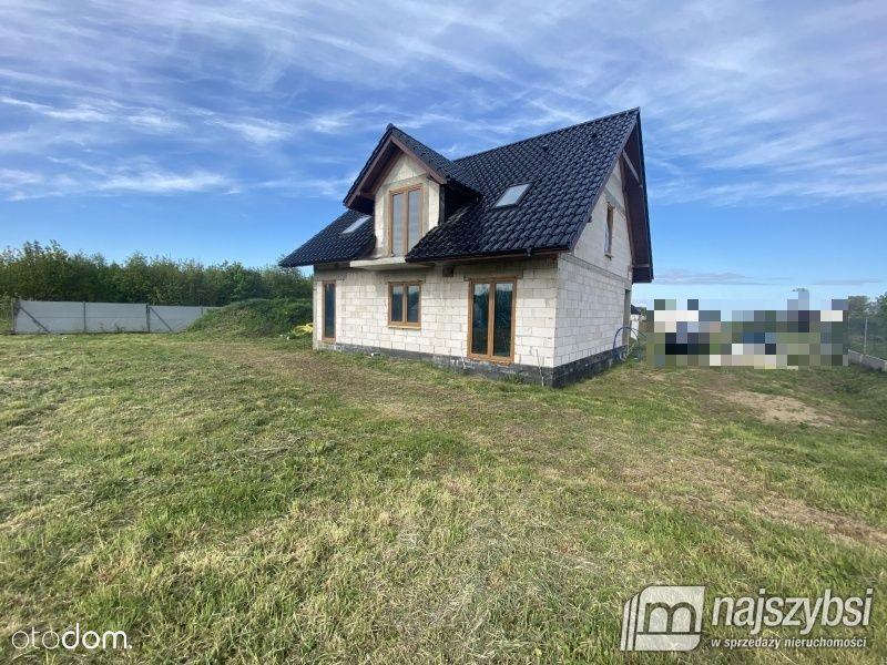 Dom w stanie surowym zamkniętym w Kamieniu Pomorsk