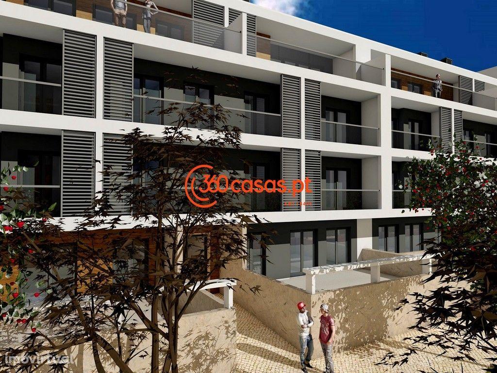 Apartamento T2 com garagem e arrecadação nas Gambelas, Faro