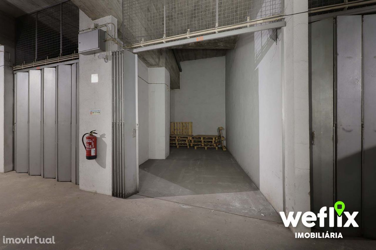 Garagem Box fechada em Sintra – Estefânia