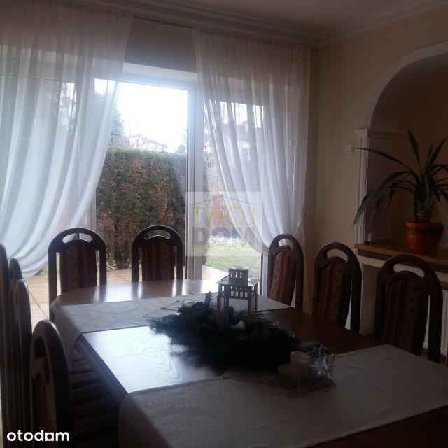 Ładny dom wolnostojący w Wołominie