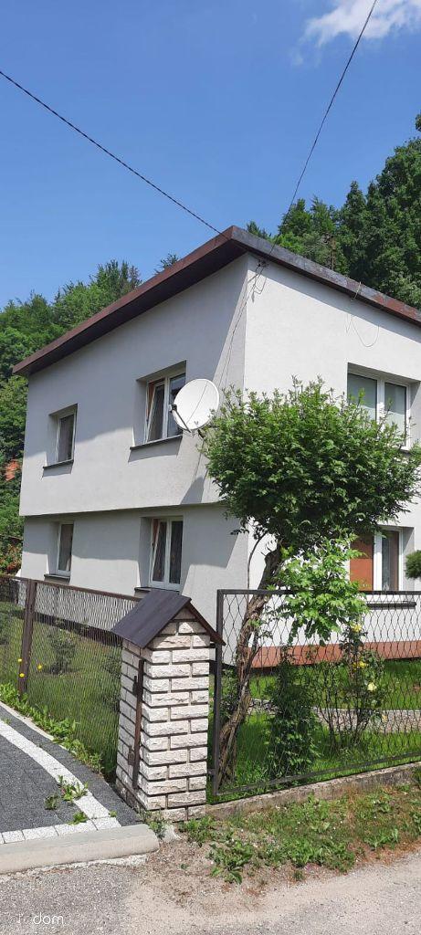 Wisła-zadbany dom o pow. 160 m2, działka 8 ar