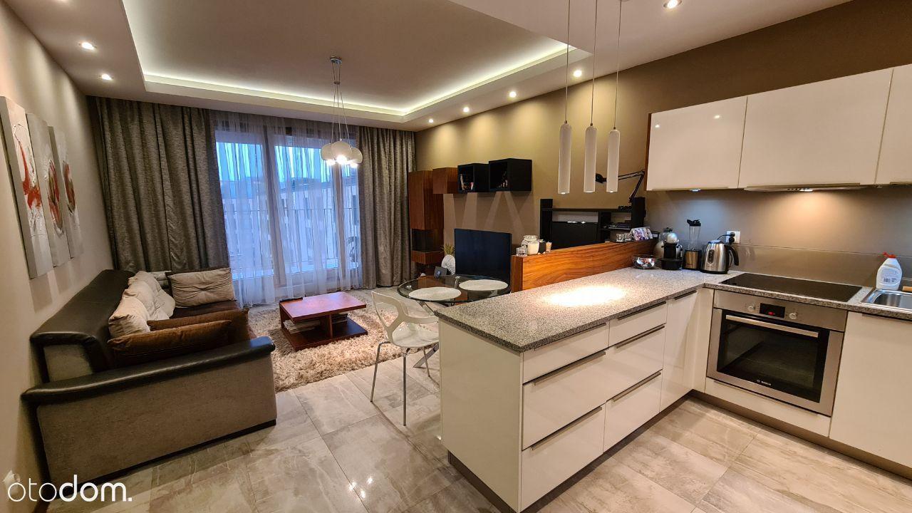 Piękny apartament z dużym tarasem, Browar Lubicz