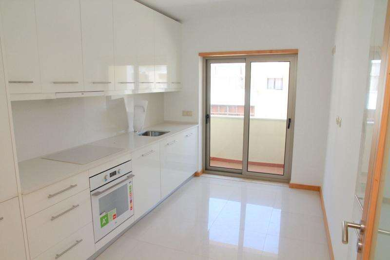 Apartamento para arrendar, Baixa da Banheira e Vale da Amoreira, Setúbal - Foto 1