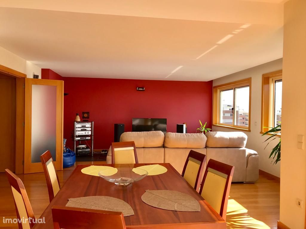 Apartamento T3 Abelheira