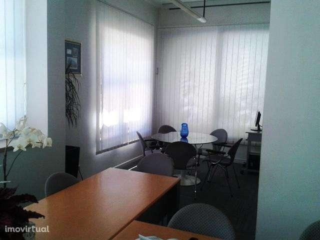 Escritório para arrendar, Carnaxide e Queijas, Lisboa - Foto 2