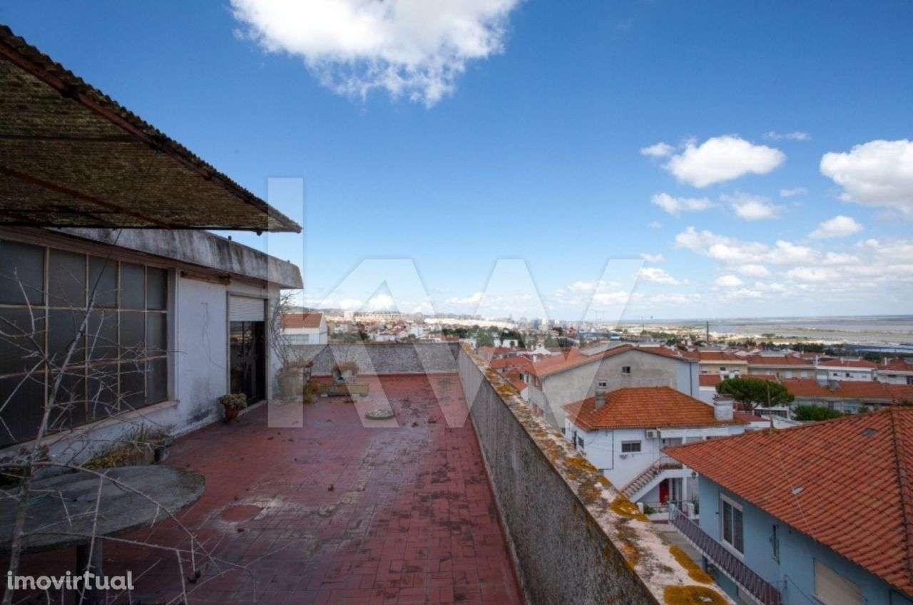 Prédio para comprar, Santa Iria de Azoia, São João da Talha e Bobadela, Lisboa - Foto 13