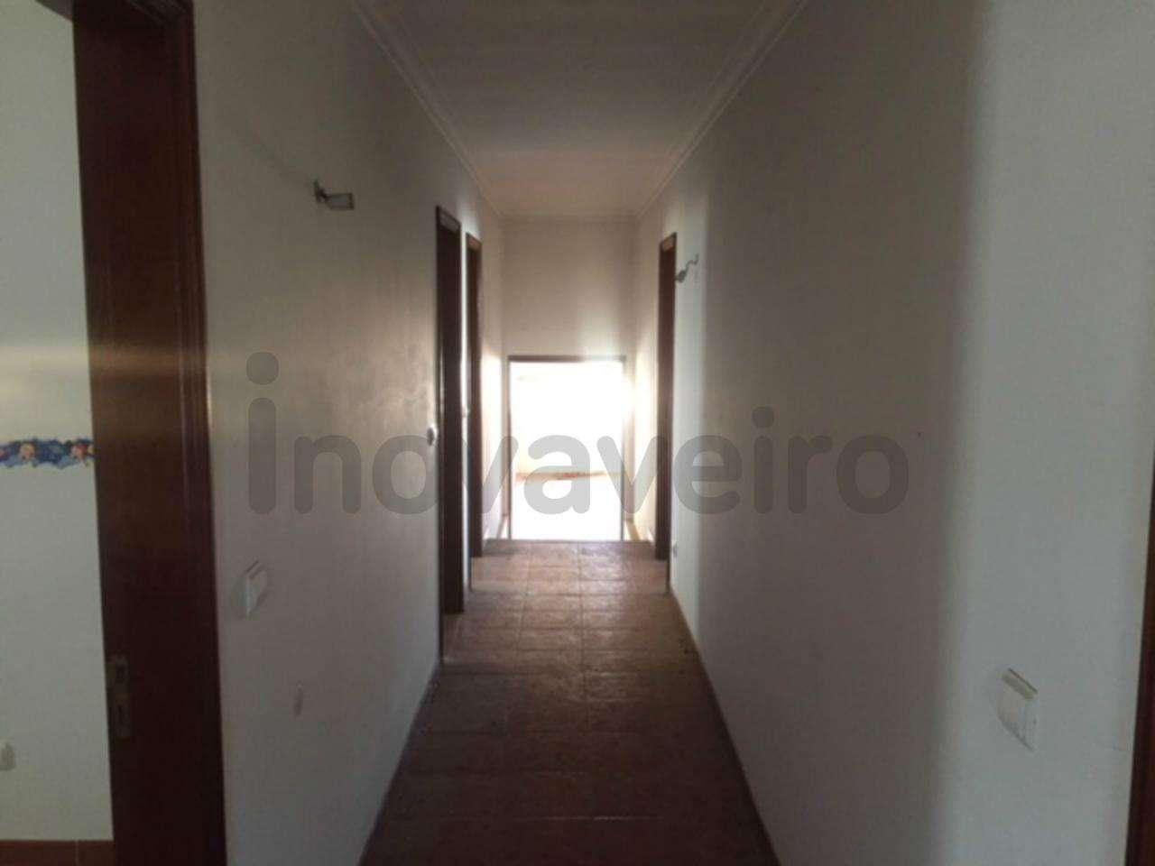 Moradia para comprar, Bustos, Troviscal e Mamarrosa, Oliveira do Bairro, Aveiro - Foto 13