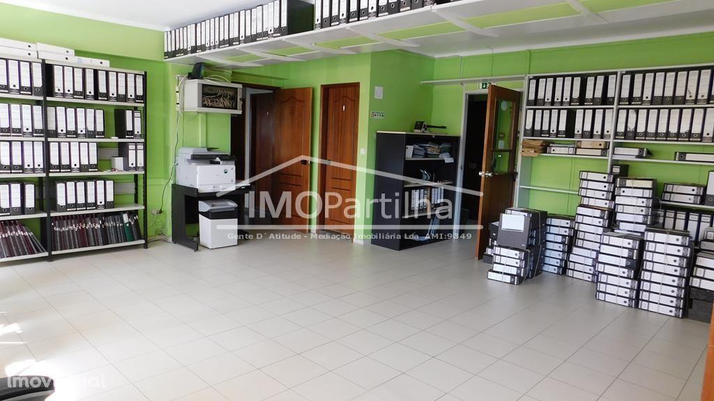 Escritório em Agualva com 70 m2