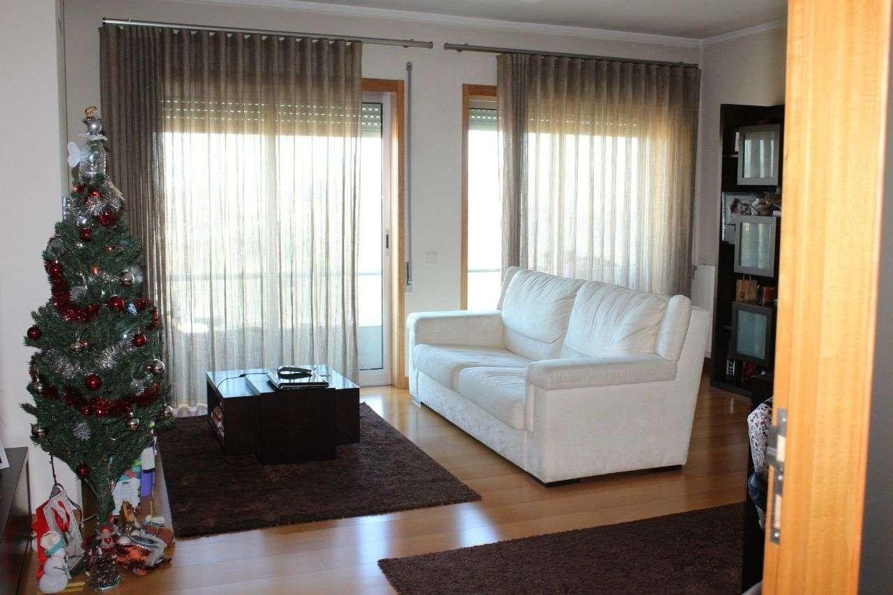 Apartamento para comprar, Paredes - Foto 2