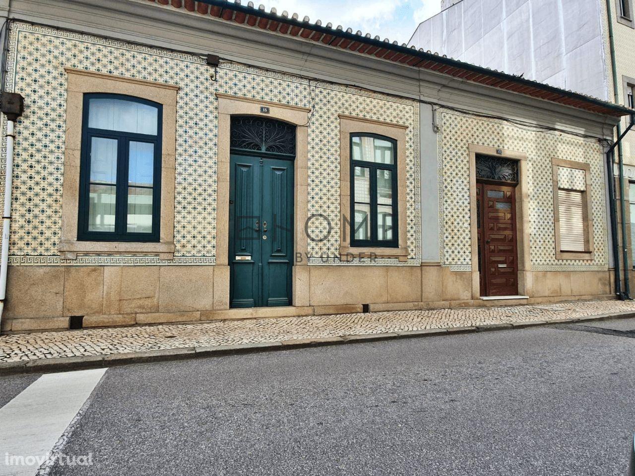 Conjunto de 2 Moradias, em Ovar Centro, Aveiro