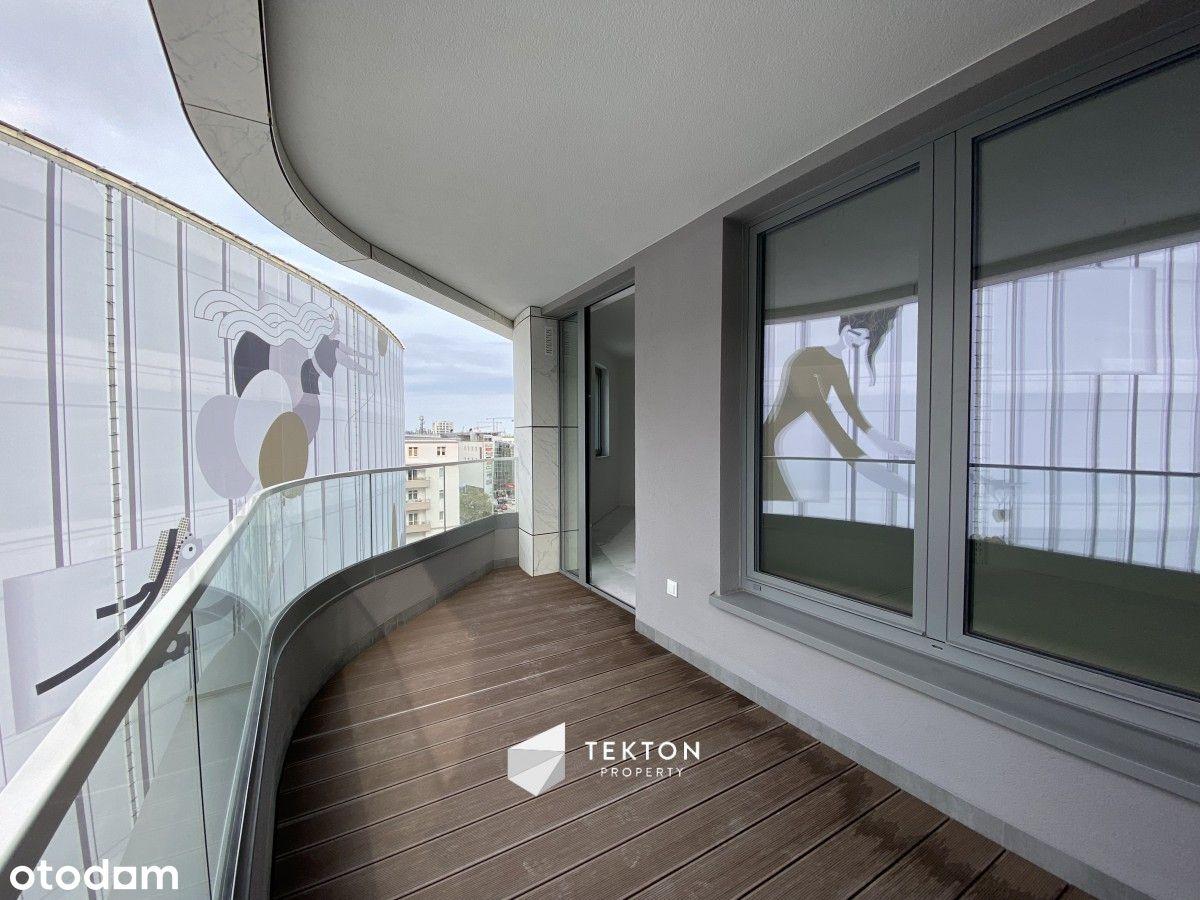 Wyjątkowy apartament w centrum Gdyni z loggią