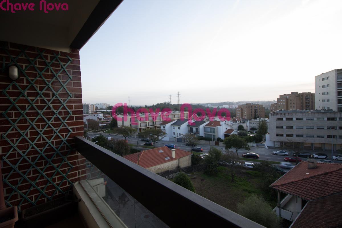 T2+1 com varanda e Box (2 viaturas) na Cidade da Maia